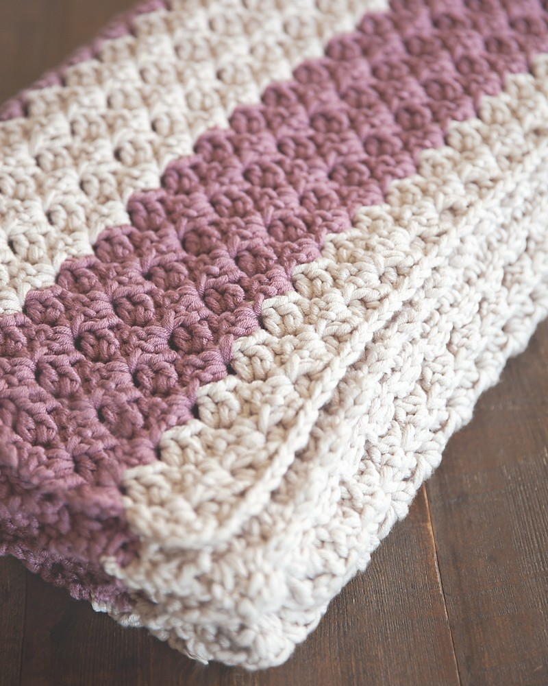 Patterns For Crochet : ... Knits ? Blog Archive Free Chunky Crochet Throw Pattern - Leelee Knits