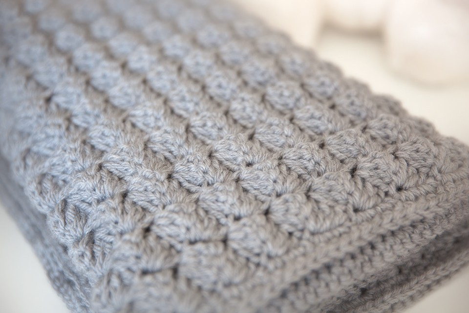 Easy Crochet Patterns For Baby Blankets : Leelee Knits Blog Archive Cozy and Free Baby Blanket ...
