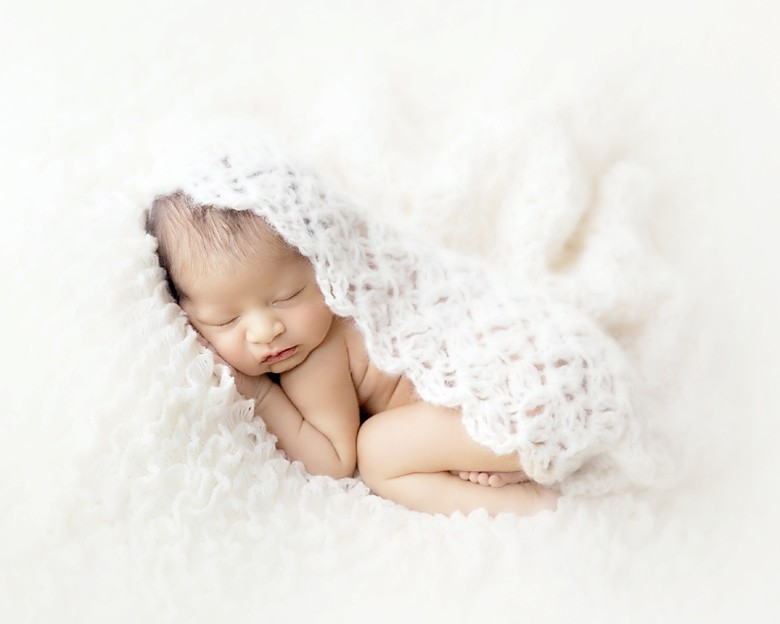 Free Newborn Wrap Crochet Pattern : Leelee Knits Blog Archive Newborn Baby Crochet Wrap ...