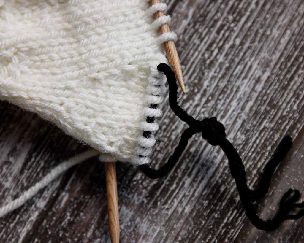 Easy Mittens Knitting Pattern Magic Loop Method
