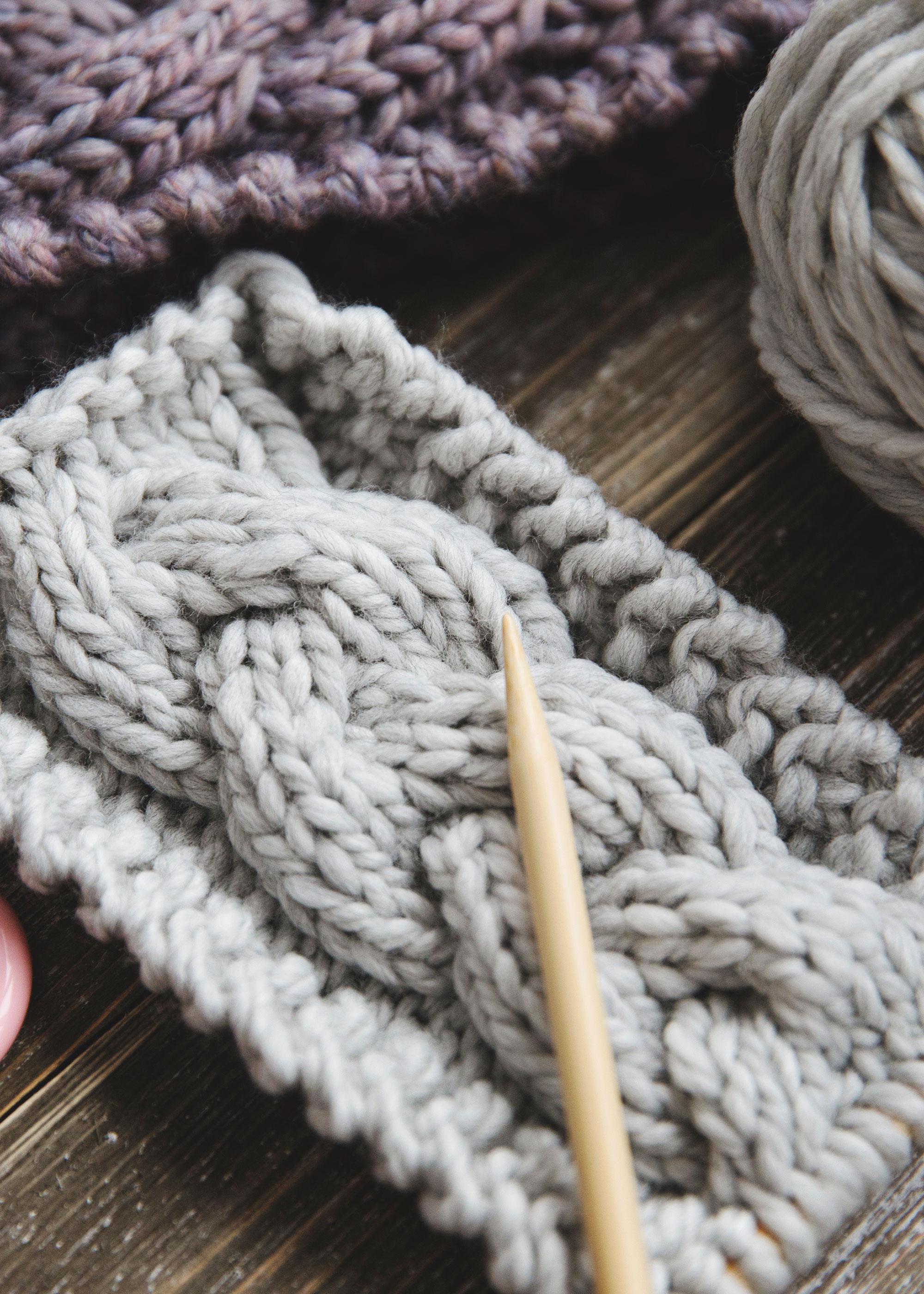 Chunky Cable Knit Headband Pattern
